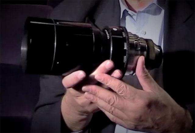 A lente Zeiss f/0.7 de Stanley Kubrick.