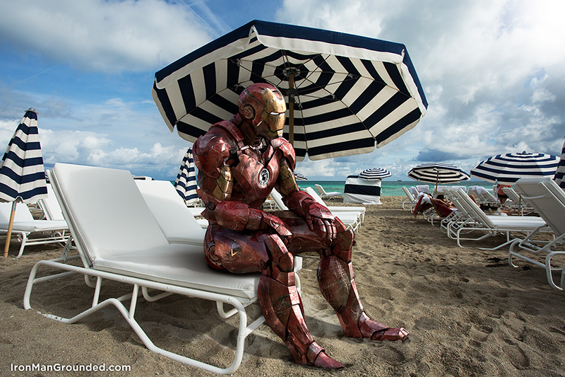 Relaxando na praia depois de salvar o mundo da destruição? | Foto: Raffael Dickreuter