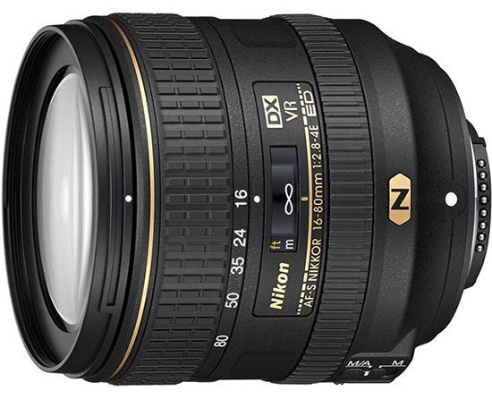 A lente Nikon16-80mm.