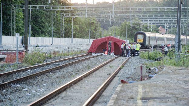 A menina foi atingida pelo trem quando fazia selfie perto do trilho
