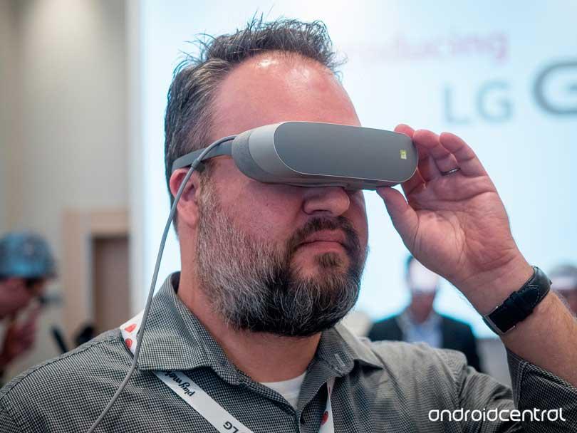 O óculos LG 360 VR | Foto: www.androidcentral.com