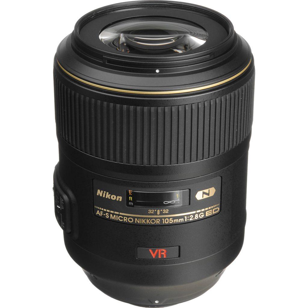 Lente 105 f/2.8 da Nikon atualmente no mercado.
