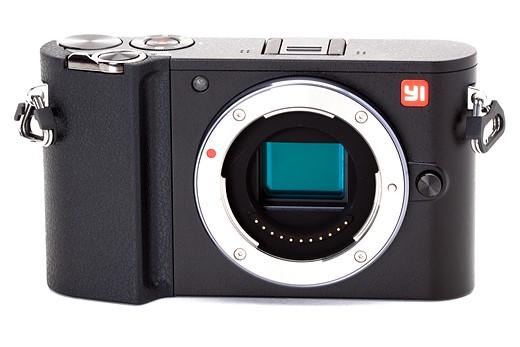 iphoto-camera-xiaomi-yi-m1-mirrorless-para-o-publico-comum-2