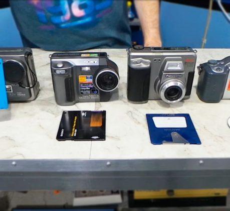 iphoto-cameras-digitais-com-disquete-sony-mavica-fd7-3