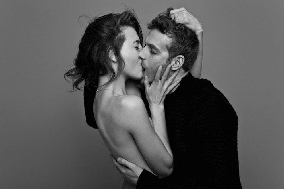 Resultado de imagem para casal se beijando