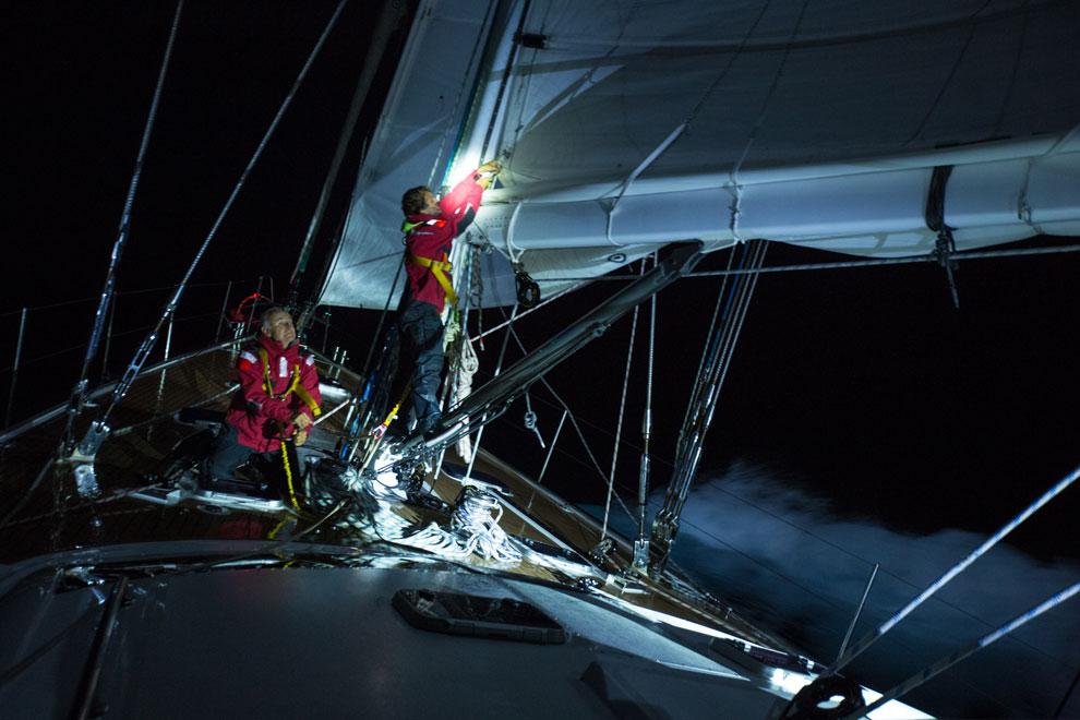 Navegação noturna no Oceano Índico   Foto: Klaus Schlickmann
