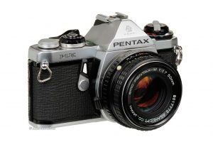 A Pentax M-E original, lançada em 1970. Foto: Ken Rockwell