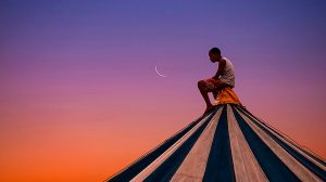 O garoto e a lua, de Silvestre Machado