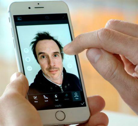 iphoto-adobe-selfie