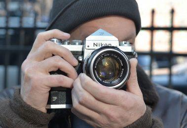 12 câmeras icônicas que marcaram a história da Nikon