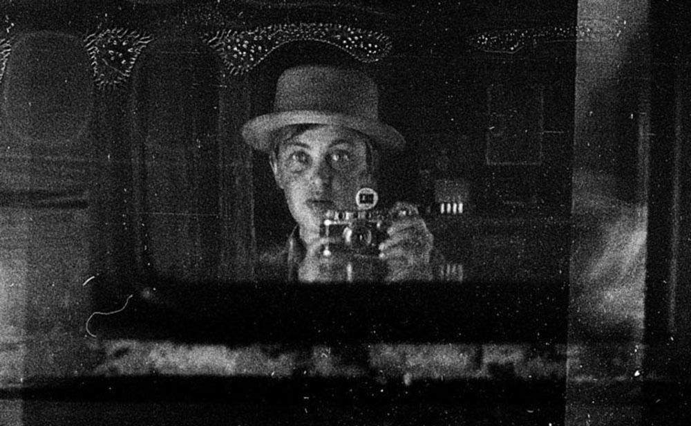 """A """"Vivian Maier"""" russa: 30 mil fotos singulares encontradas no sótão"""