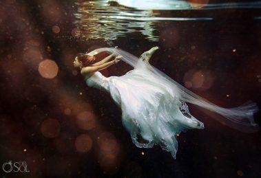 Referência mundial em fotos subaquáticas de casais e noivos estará no Brasil