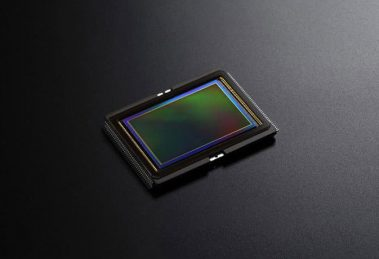 Canon pode usar sensor Sony em sua próxima câmera de lente intercambiável